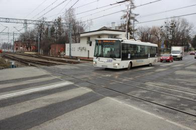 Koniec objazdów na ul. Dworcowej! Przejazd kolejowy oddany do użytku