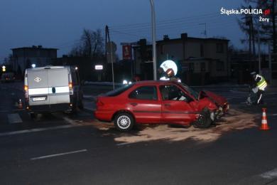 Zderzenie Audi z Fordem na skrzyżowaniu DK-81 z ul. Pszczyńską