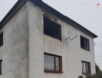 Tragiczny pożar w Kleszczowie. Nie żyje mężczyzna a jego brat przebywa w szpitalu