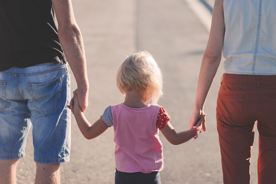 Stwórz dziecku prawdziwy dom. Rodzice zastępczy pilnie poszukiwani