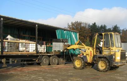 Prawie 20 ton odpadów chemicznych wywieziono z ul. Sosnowej