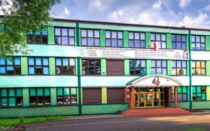 SP nr 4 w Żorach walczy o podwórko Nivea. Placówka ma spore szanse na wygraną