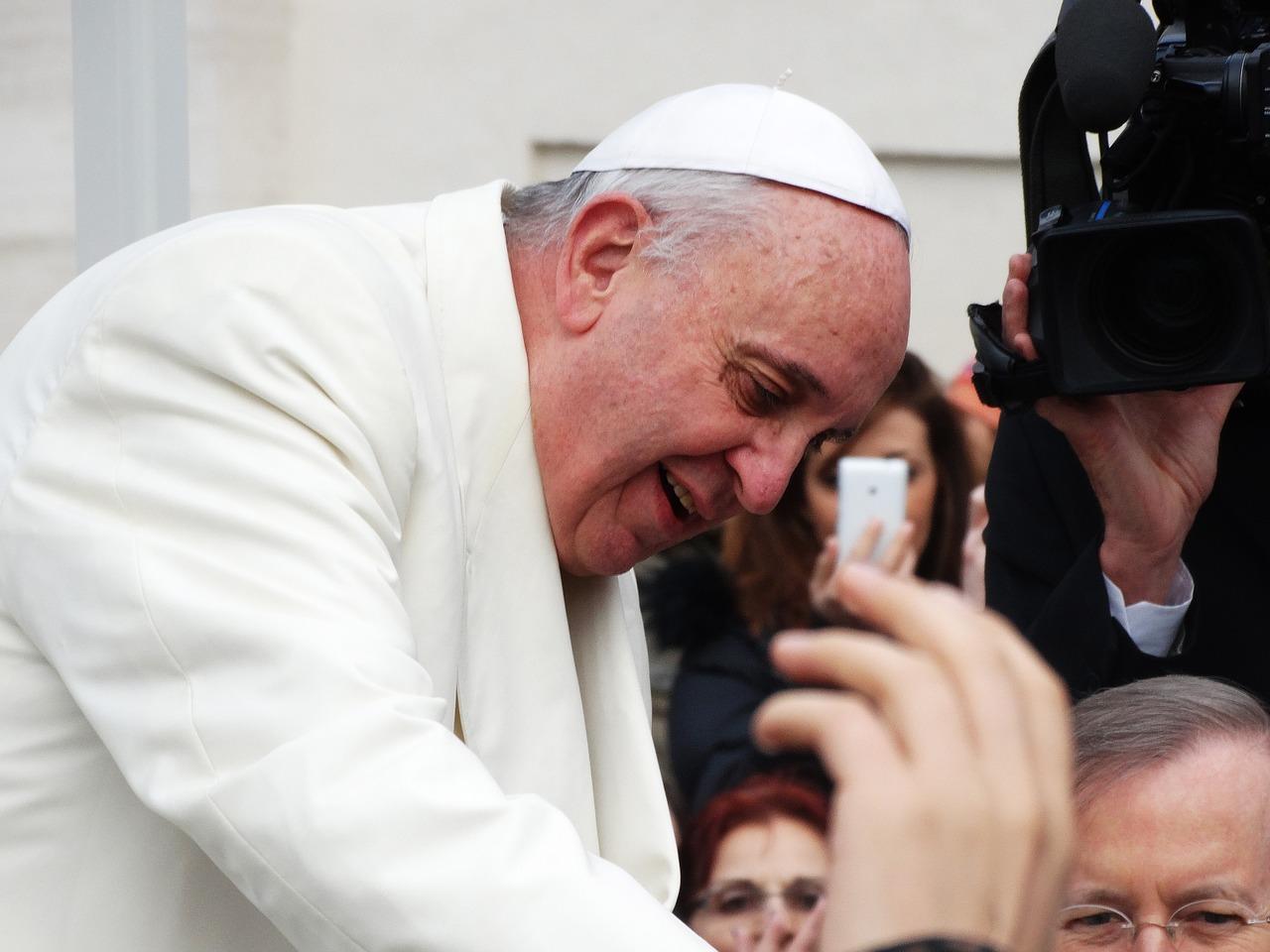 Papież: zaszczepienie się przeciwko Covid-19 jest aktem miłości