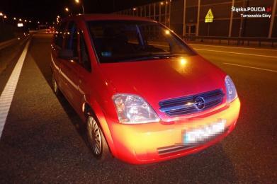 Pijany 32-latek z Żor zaparkował na lewym pasie autostrady A1 i zasnął