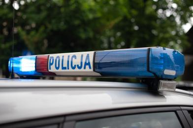 43-latek ze Świętochłowic wpadł podczas kradzieży metalowych prętów